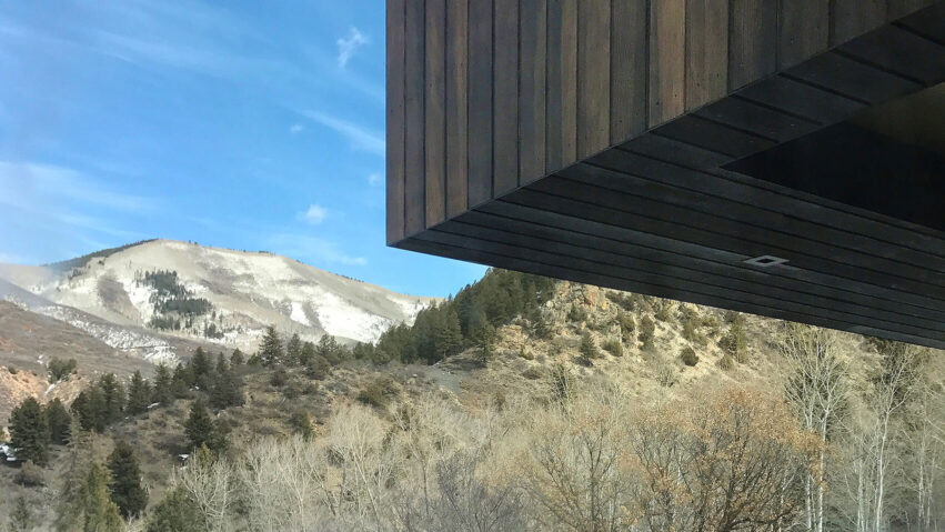 Meadow House cantilever CCY Architects Thumbnail